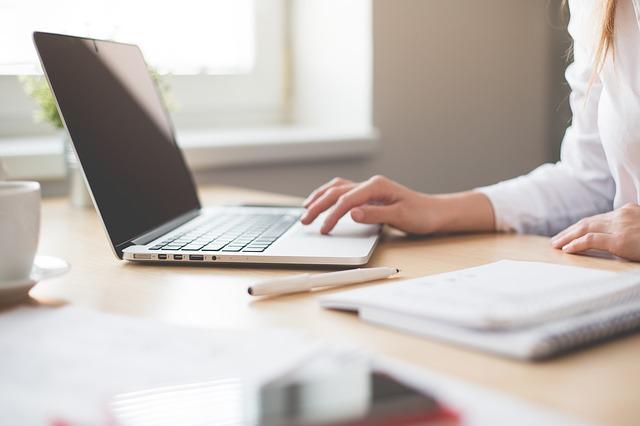Od czego zależy wynagrodzenie doradcy finansowego?